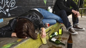 бытовое пьянство и алкоголизм