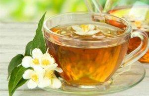 сладкий чай с похмелья