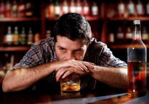 почему трясет после пьянки