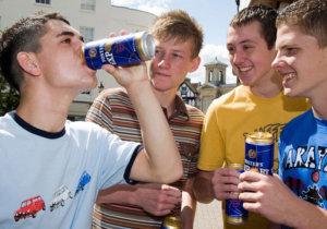 как вести себя с алкоголиком сыном