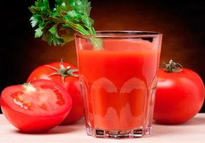 помогает ли томатный сок от похмелья