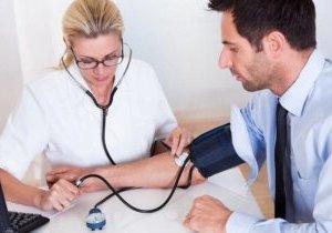 использовании препаратов после выпивки приводит к снижению давления