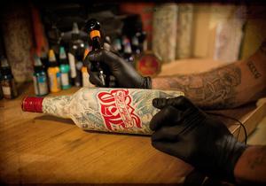 Сколько нельзя пить алкоголь после татуировки