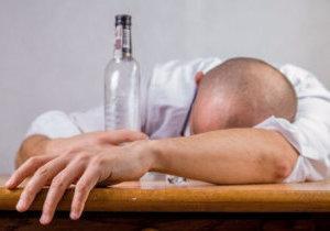 обморок после алкоголя причины