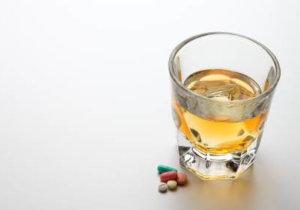 можно ли принимать детралекс с алкоголем