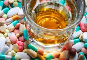 лив 52 и алкоголь совместимость, лив 52 и алкоголь, лив 52 при похмелье, взаимодействие лив 52 с алкоголем, лив 52 можно с алкоголем, лив 52 после алкоголя