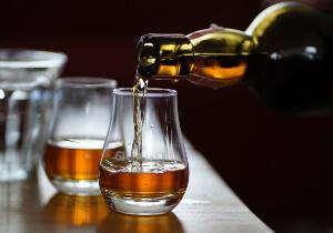 гомеопатия и алкоголь совместимость, гомеопатия и алкоголь, гомеопатия и алкоголь за сколько часов, можно ли с гомеопатией принимать алкоголь, можно ли алкоголь при приеме гомеопатии, гомеопатия можно ли алкоголь