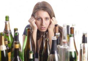 Можно ли женщине после аборта успокаивать нервы алкоголем
